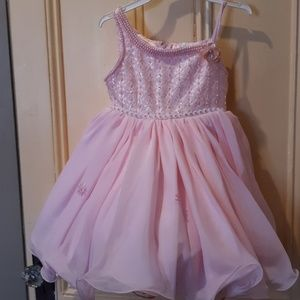 Other - Size. 2-4 Little pink peagant dress.